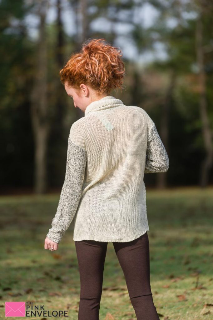 RD Style Locklyn Cowl Neck Pullover