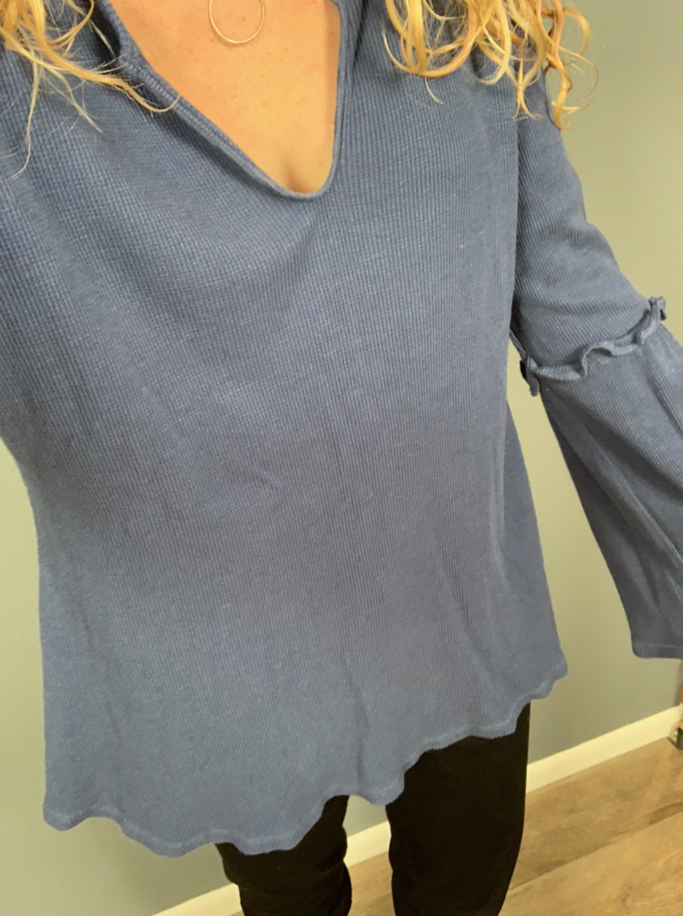 But From The Kloth Snap Ankle PantSummer & Sage Bell Sleeve Top
